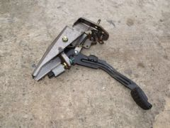 MAZDA MX5 EUNOS (MK1 1989 - 1997) CLUTCH PEDAL ASSEMBLY